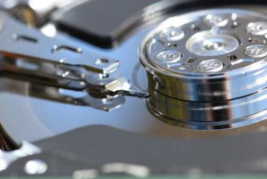 hard-drive-1348507_380